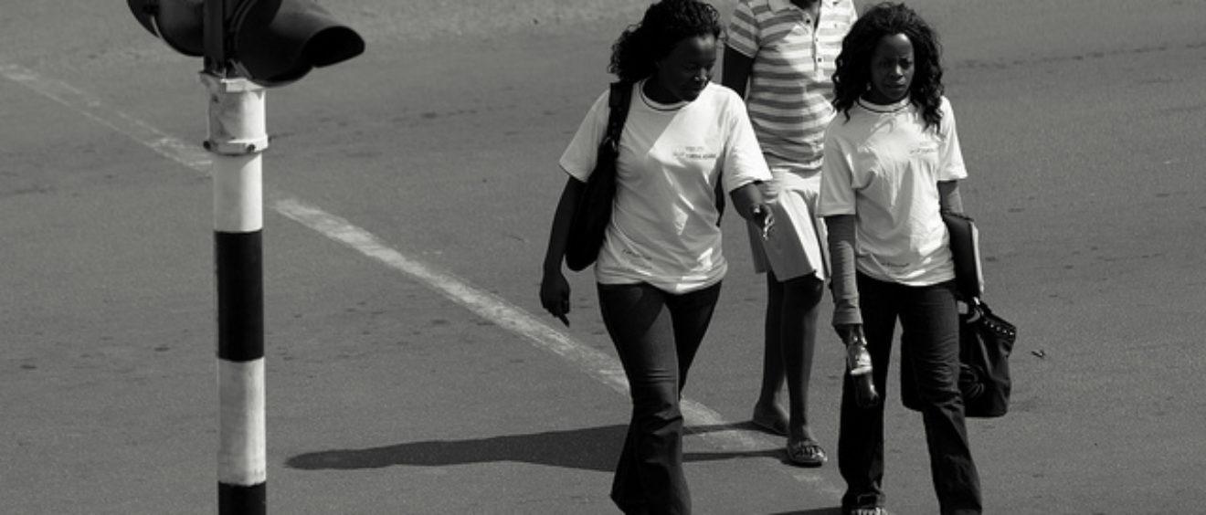 « Bulawayo Street Life », 13 septembre 2011. Crédit Julien Lagarde (Flickr).