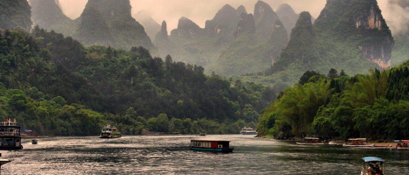 Li River Hill (Chine) et les montagnes karstiques. Crédit Grey World.