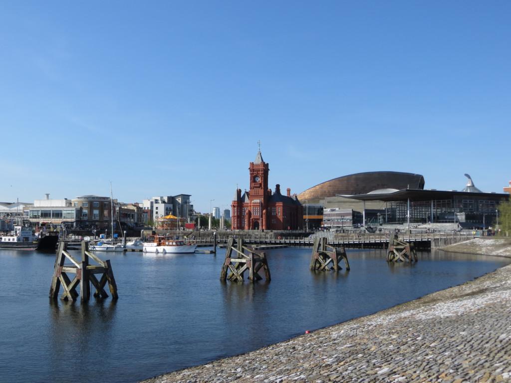 Assemblée nationale galloise et Cardiff Bay. Crédit Alex Liivet.