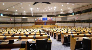 Le Parlement européen. Crédit ChequeredInk (Pixabay).