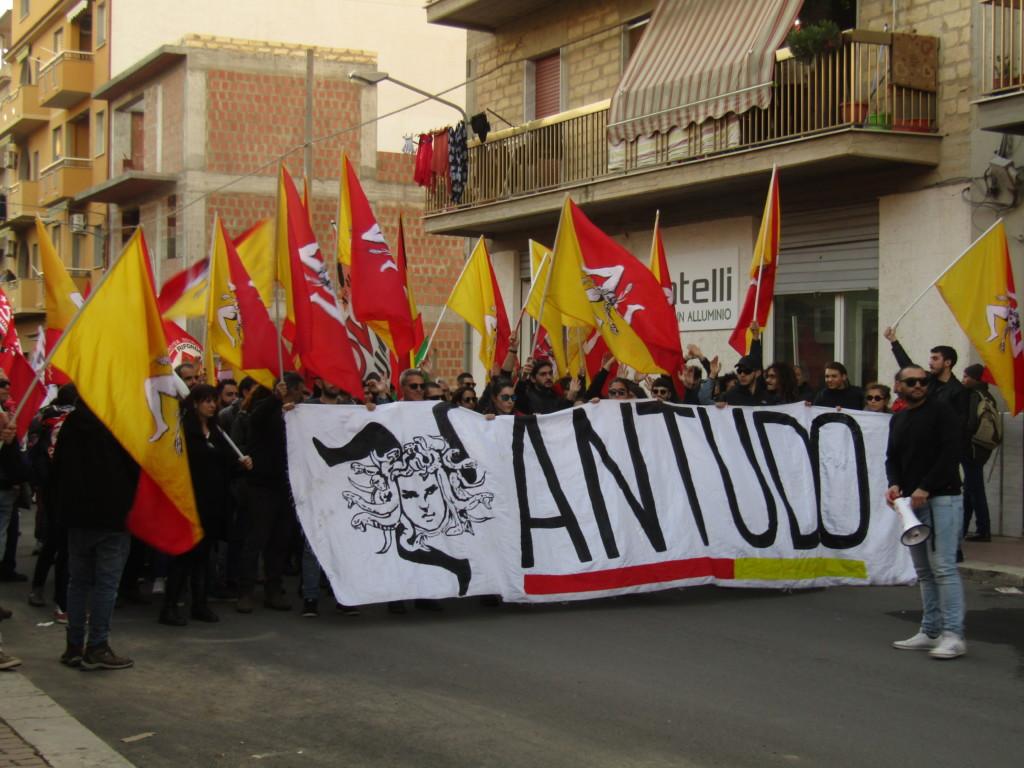 Antudo, Animus Tuus Dominus, mouvement de lutte pour l'autodétermination et l'indépendance du territoire sicilien Crédits : Elisa Querré